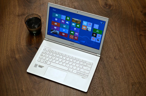 acer_S7