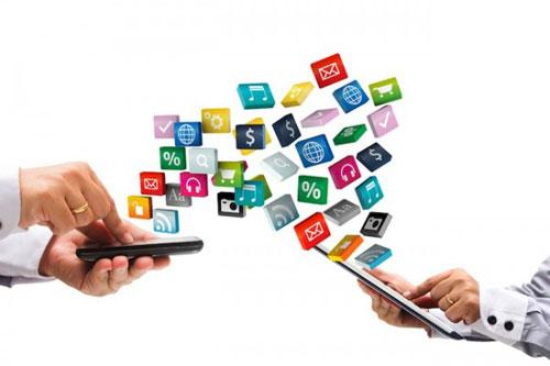 web-aplikacija-ili-mobilna-aplikacija-600x400